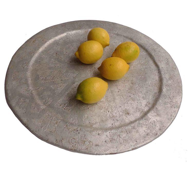 Beautiful moroccan vitage tea tray from kira-cph.com