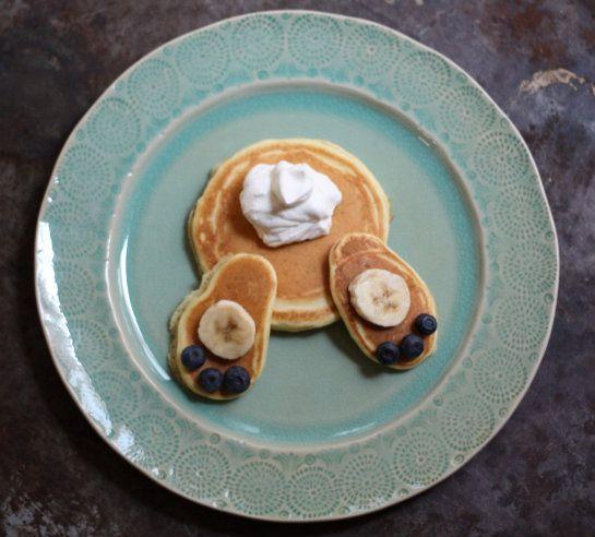 Fun Easter Brunch Idea: Bunny Bottom Pancakes