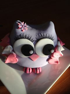 I don't like this owl, but I love that it has eyelashes! I would put eyelashes on the owl for the top...