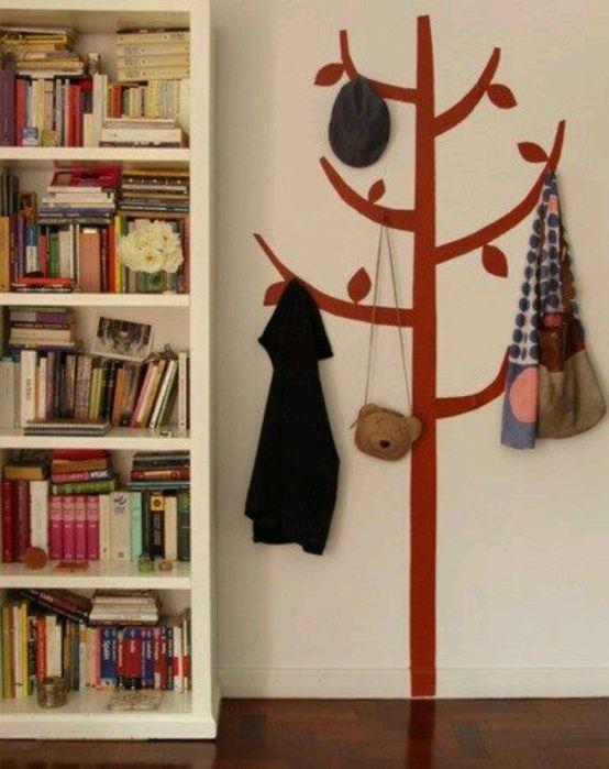 Decoideas formas originales de colgar tu ropa 04 small - Percheros de pared originales ...