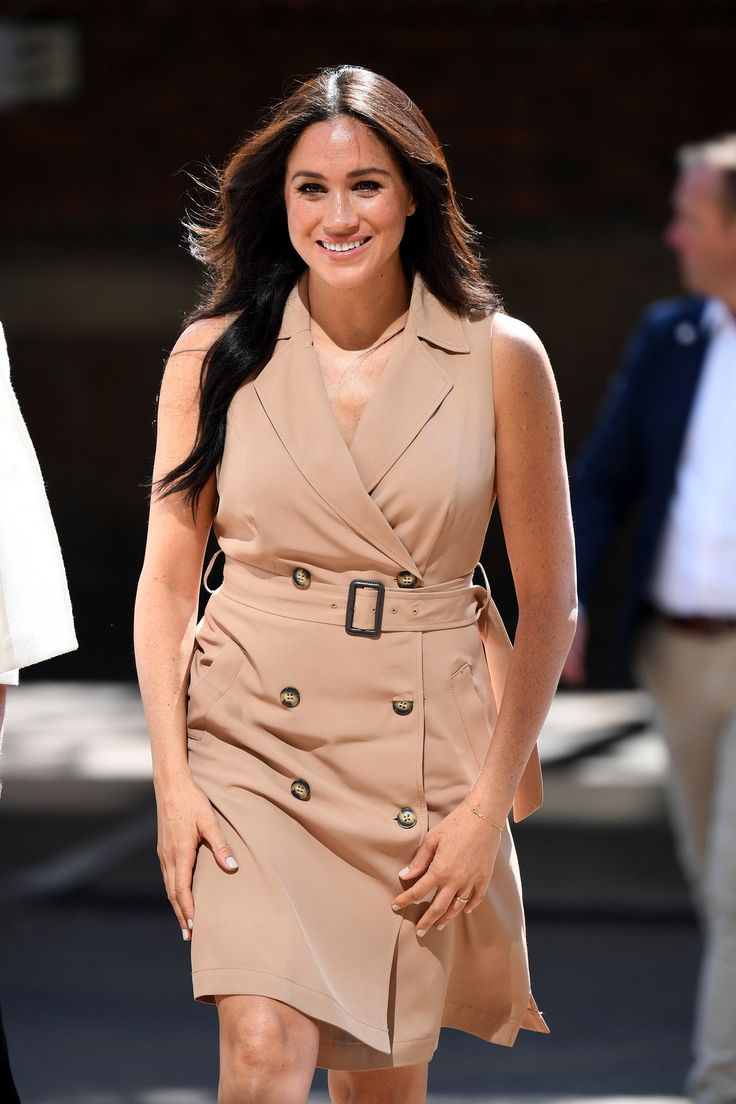 The Duchess Of Sussex Continues Her Solo South Africa Visits Dressed In Banana Republic