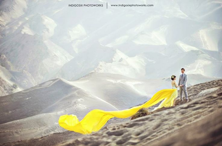 This couple decided to have their pre-wedding photos taking on Mount Bromo!