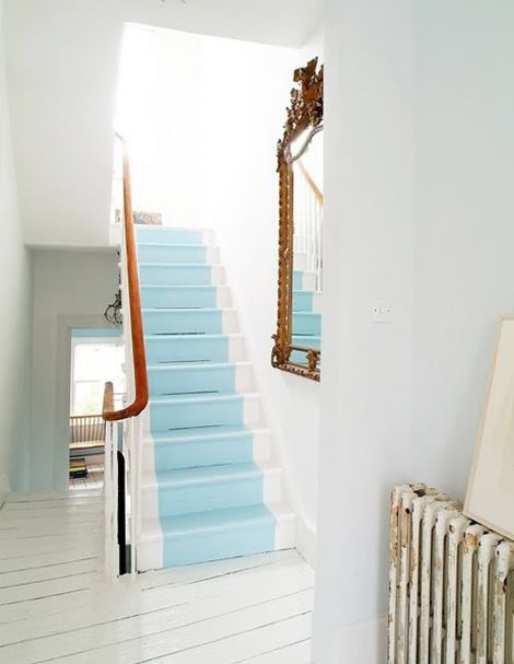 I love the light blue painted 'runner' down this beautiful staircase- stunning! BR x