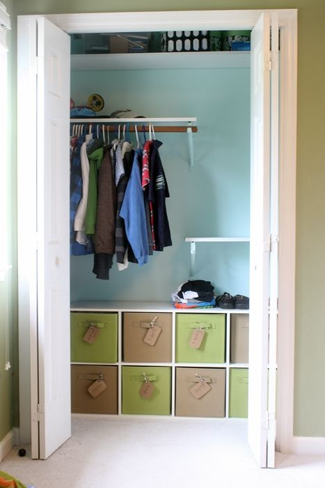 17 best ideas about kids clothes organization on pinterest for Creative small space storage solutions