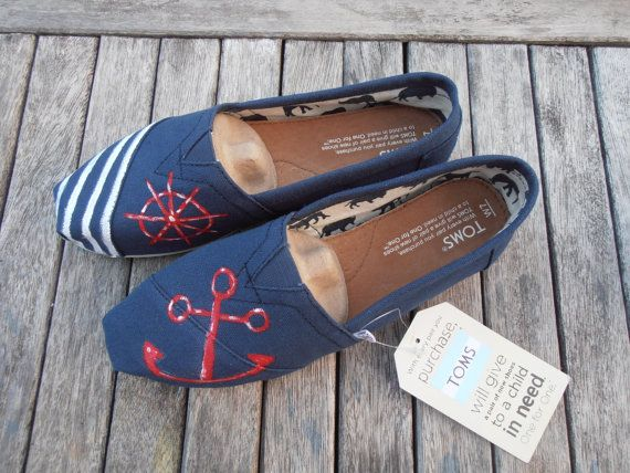 Get a pair of shoes,customize them and make them one of a kind.DIY Toms ! !! Holy cow!  #diy #Toms #shoes
