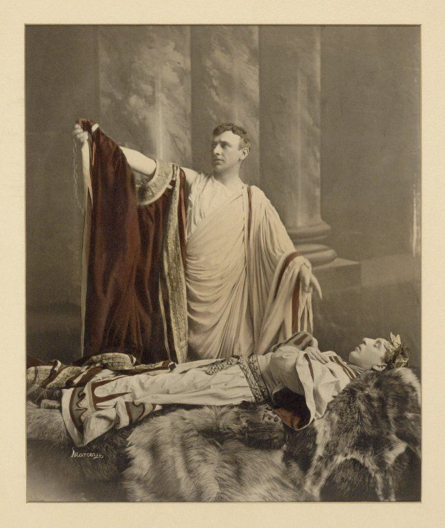"julius caesar scene by scene Julius caesar muses to mark antony about cassius, ""let me have men about me  that are fat,"" in act i, scene 2, of shakespeare's julius caesar encyclopædia."