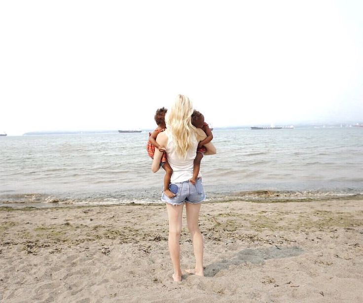 Mommy of identical twins at the beach