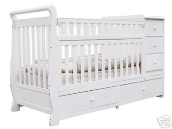 Attractive Daphne 2 In 1 Convertible Crib With Attached Dresser / Changing Table And  Bottom Drawers