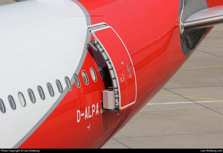 D-ALPA Air Berlin Airbus A330-223 cn 403 Berlin-Tegel Airport Germany EDDT TXL www.lars-rollberg.com