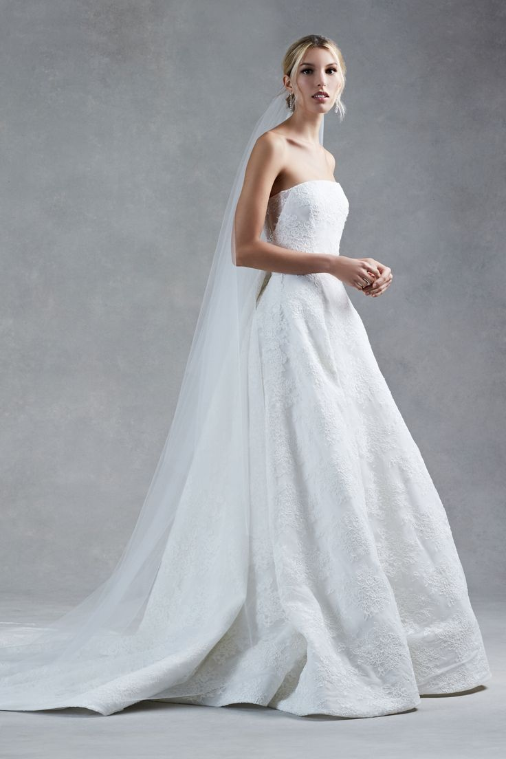 12 best Fall 2017 Bridal images on Pinterest | Bridal gowns, Wedding ...