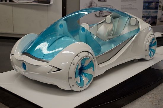 Josh Henry, a student at the university of Cincinati, created the futuristic Ula Miami Concept Car. The blue parts were 3D printed at i.materialise