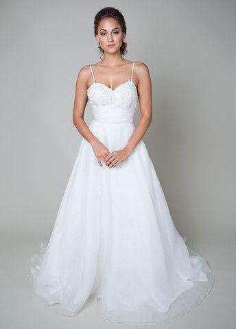 heidi elnora erin cooper size 4 sample wedding dress - Nearly Newlywed