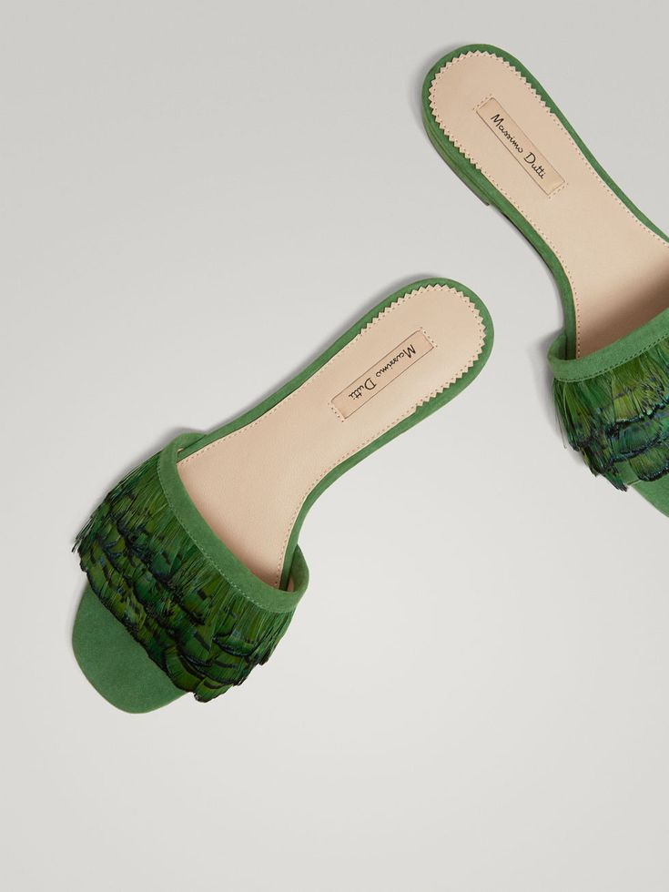 Fall Winter 2017 Women´s GREEN LEATHER SANDALS WITH FEATHER TRIMS at Massimo Dutti for 98.5. Effortless elegance!