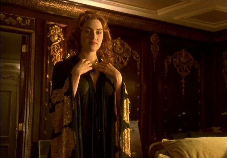 Kate Winslet Nude Movie Scenes