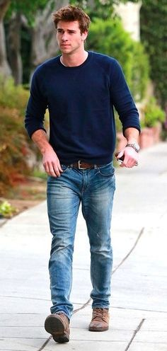 First - Liam Hemsworth!! Second - simple style. LOVE.