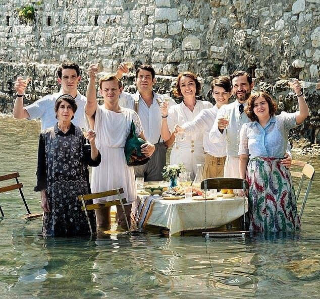 Series 1 3 On Netflix On Instagram Happy Mother S Day To All The Wonderful Women In This World Greek England The Durrells In Corfu Corfu Bbc Tv Shows 268,236 likes · 54 talking about this. the durrells in corfu corfu bbc tv shows
