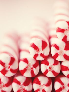I LOVE PEPPERMINT. TODAY WE WILL PIN A COLOR BOARD OF RED AND WHITE and/or PEPPERMINT!!