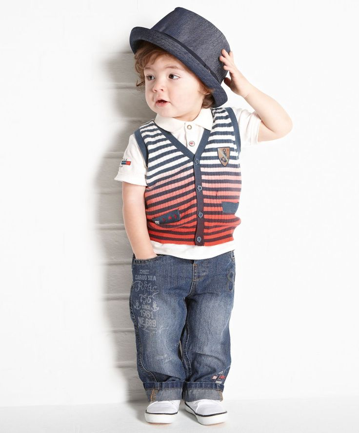 For your older boy there is a range of boys tees, pants, jeans and jumpers that can be matched with your favourite pair of shoes and accessories. Your little man will look great and feel super comfortable and confident in anything you purchase from Australia's top online baby & toddler fashion store.