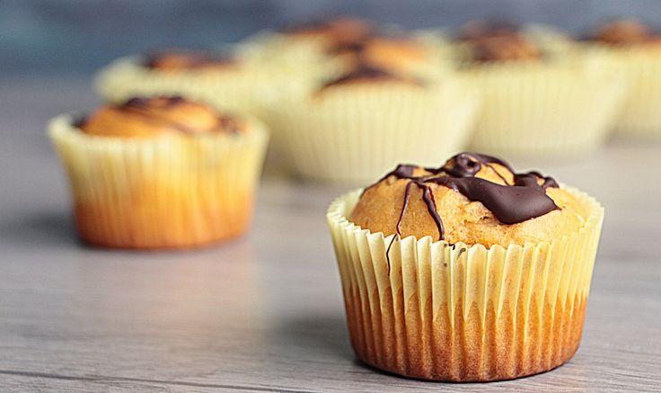 Ortaggi e dolcetti, dite che si può?!?! Ecco qui un'ottima ricetta: i muffin di patata! Una ricetta americana resa leggera e vegan... buonissimi, adatti a