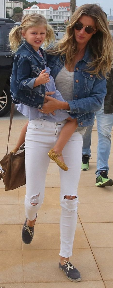 Gisele Bundchen wearing Ray Ban, Feel The Piece, Soludos and 3 Doves