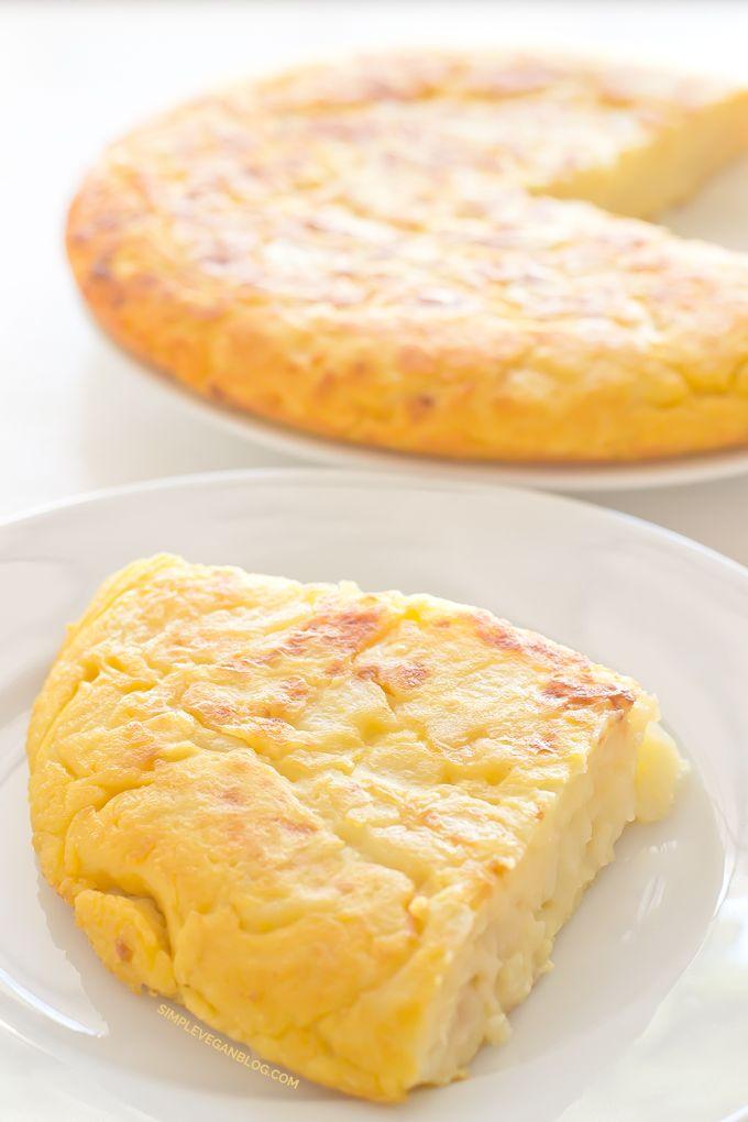 Tortilla / Spanish Omelette (V   GF) |  Made with Chickpea Flour !! http://simpleveganblog.com/tortilla-spanish-omelette-vegan-and-glutenfree/