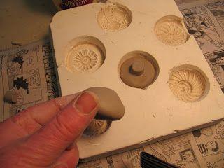 Making plaster mould for hand-made ceramic knobs - Insomnia Pottery Workshop