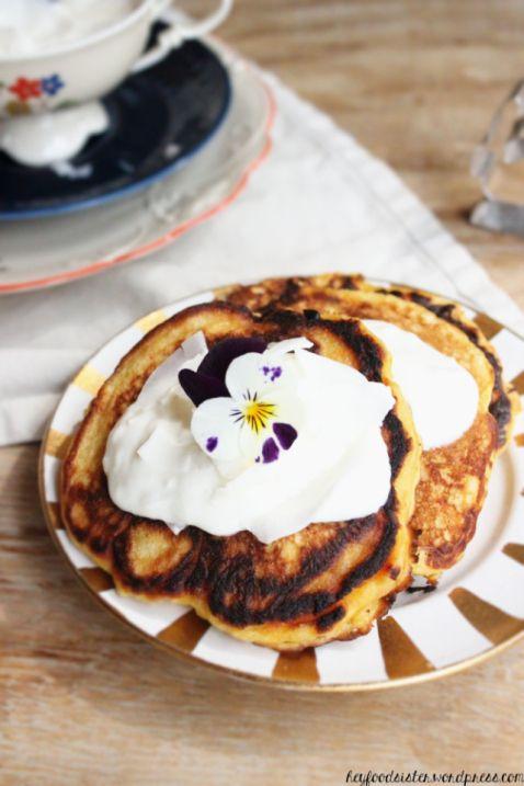 Carrot Pancakes mit Kokosnusstopping <3