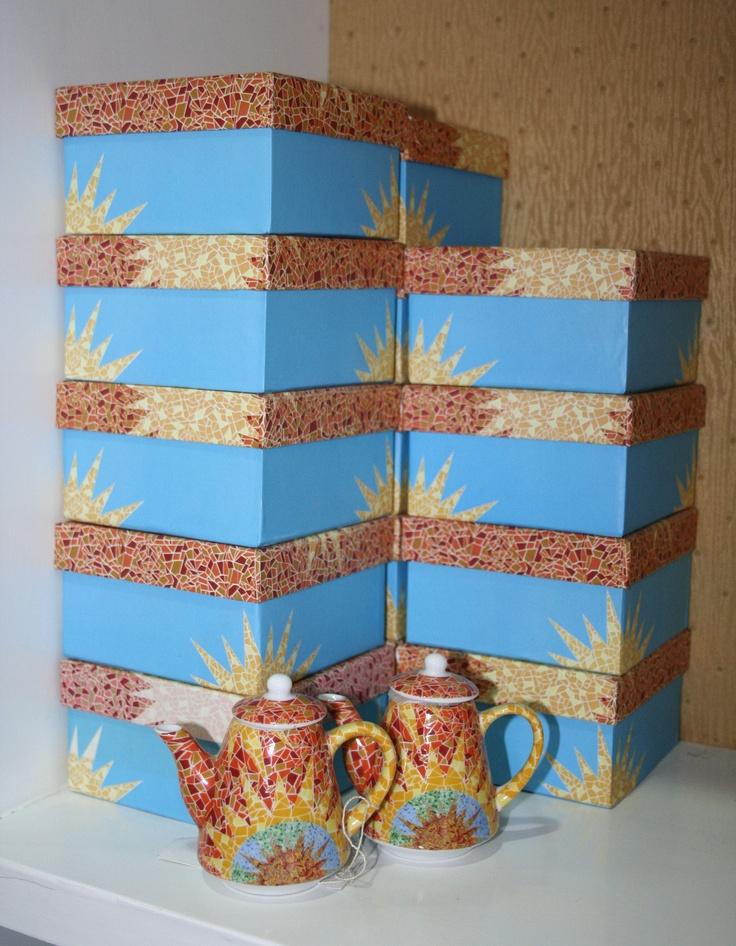 Teteras peque as con dise o de mosaicos bazar pinterest for Disenos para mosaicos