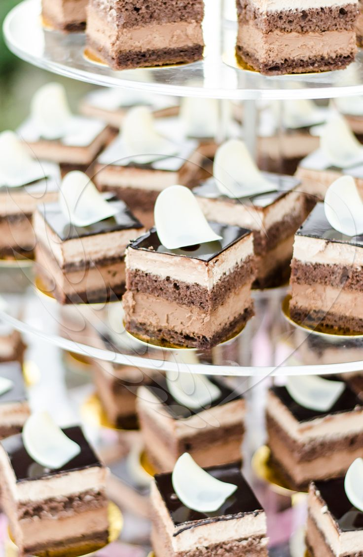#BunBun #senneville #love #wedding #candybar #cakeideas #tastelikeheaven #mousse #cakedesign #chocolate