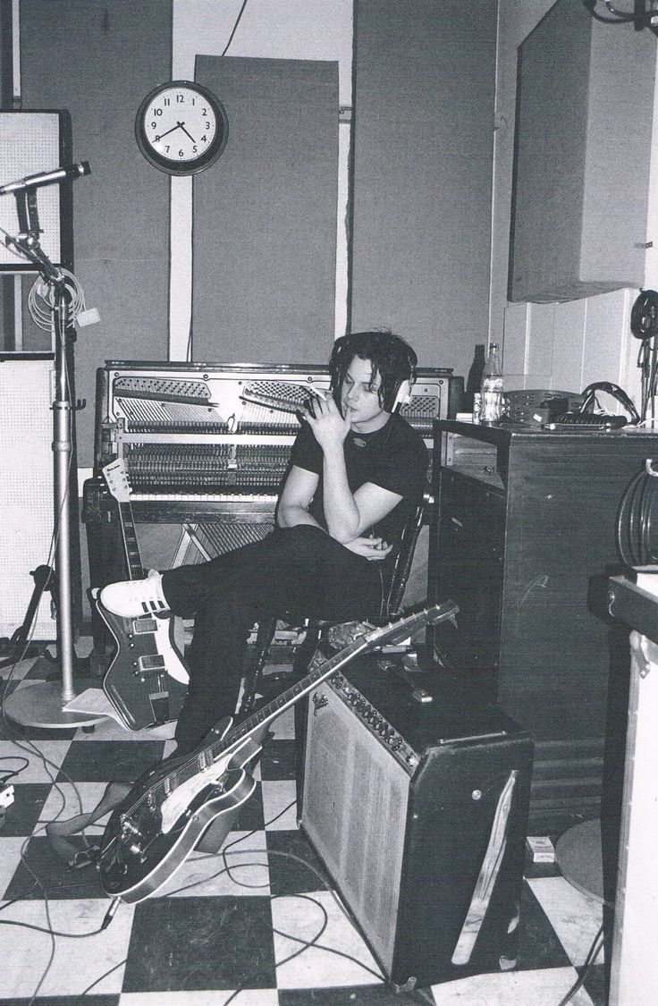 """Jack White during the recording of 'Elephant', April 2002"""