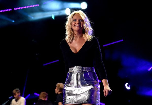 Miranda Lambert Photos Photos - Singer-songwriter Miranda Lambert performs onstage during 2016 CMA Festival - Day 1 at Nissan Stadium on June 9, 2016 in Nashville, Tennessee. - 2016 CMA Music Festival - Day 1