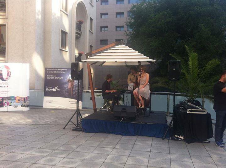 #BTM2014 Dupa o cura de politici de travel, este recomandat un Jazz Cafe Cocktail