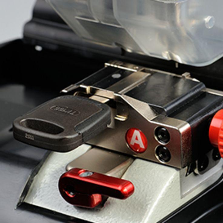 Nuovo aggiornamento per #994 Laser di #Keyline!   New software update for #Keyline #994 Laser!