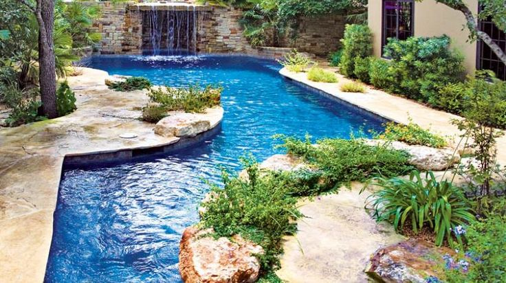 PoolBuilder Listings | Luxury Pools