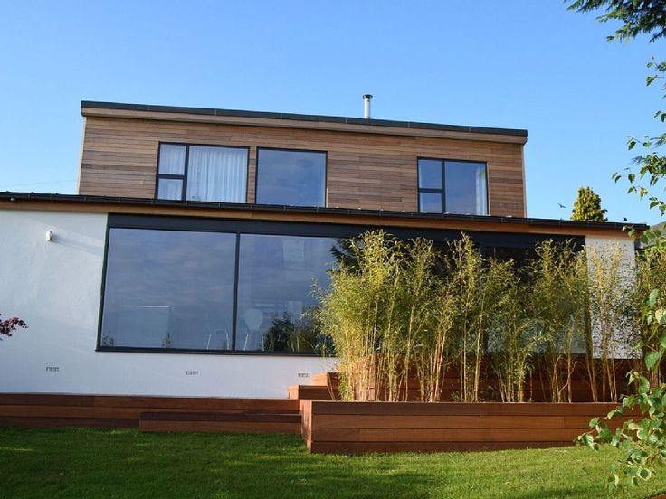4 bedroom house in Uplyme with garden from £1500/PW