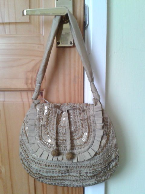 NEXT     OLD GOLD BEADED/SEQUIN EVENING/WEDDING/SPECIAL OCCASION   BAG