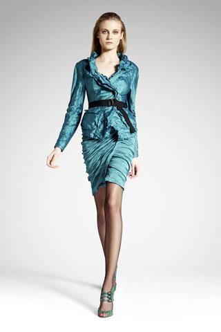 Модная коллекции женских строгих костюмов