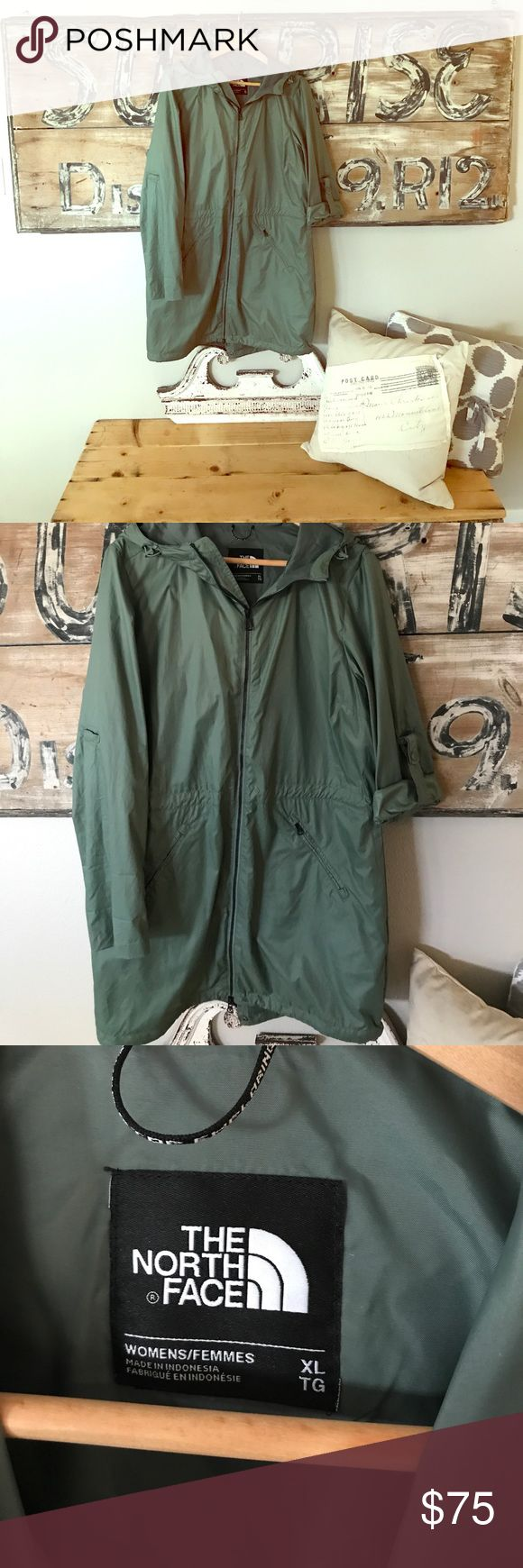 The North Face anorak jacket Optional roll up sleeve. Lightweight and water resistant. Never worn The North Face Jackets & Coats