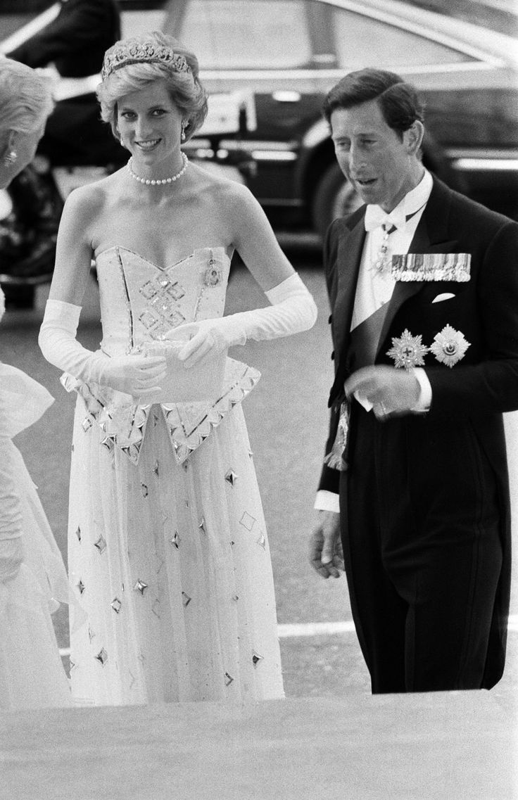 Royal Wedding Crown CZ Crystal Pageant Birthday Tiara
