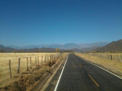 Sierra Nevada de Santa Marta. Ruta San Juan del Cesar/Valledupar Colombia.