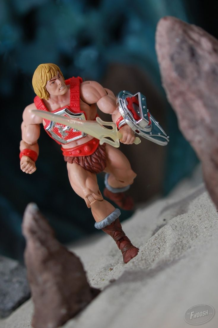 MOTUC Feature – Thunder Punch He-Man | TheFwoosh.com