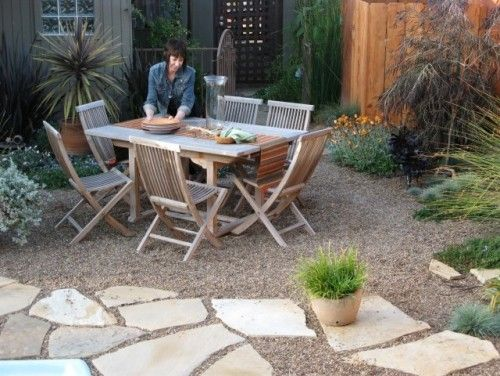 like the crushed rock patio and table/chairs: Patio Design, Backyard Ideas, Gravel Patio, Landscape Design, Natural Stones, Backyard Gardens, Outdoor Area, Patio Ideas, Peas Gravel