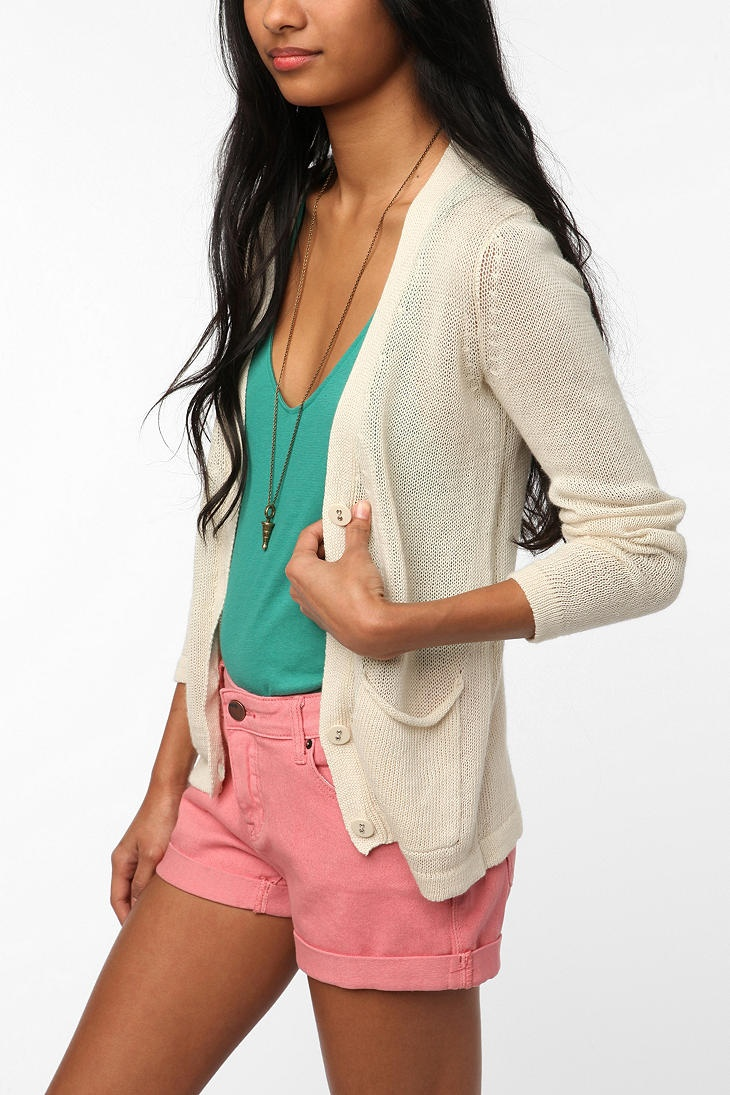 urban outfitters (love this cardigan!) adorb clothes Pinterest