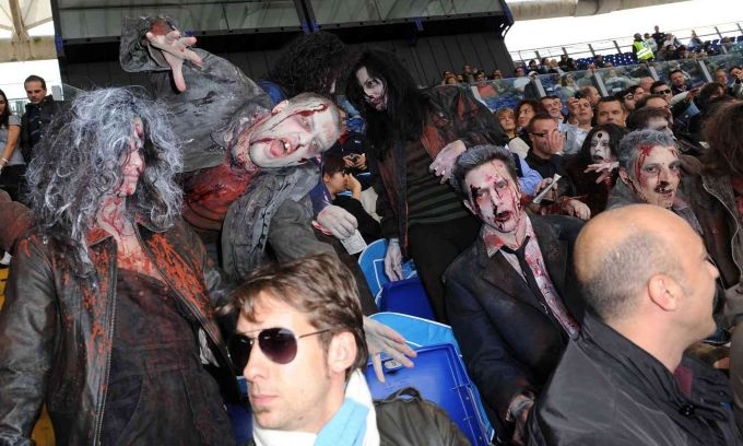 Tifosi in stile Halloween