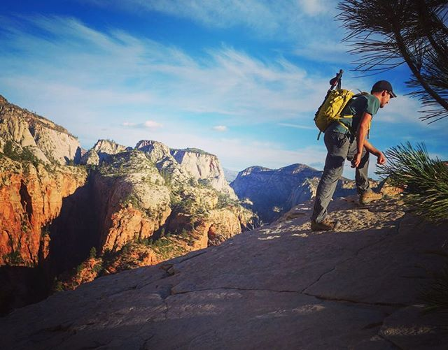 What is the most thrilling hike you have ever done? Ours was Angels Landing, Zion Utah #amazinghikes #awesomehikes #angelslanding #zion #adventurealong #travel #travelblog