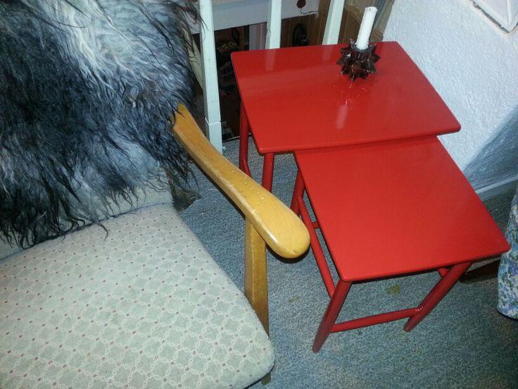 Old Table From brown to red/ eldre bord fra brunt til rødt