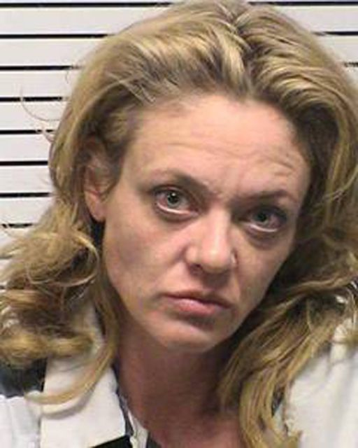 """That '70s Show"" actress Lisa Robin Kelly in a booking photo from the Iredell County, N.C. sheriff's department after being arrested for assault on Nov. 26, 2012. #lisarobinkelly #70sshow #roboace #roboacescom"