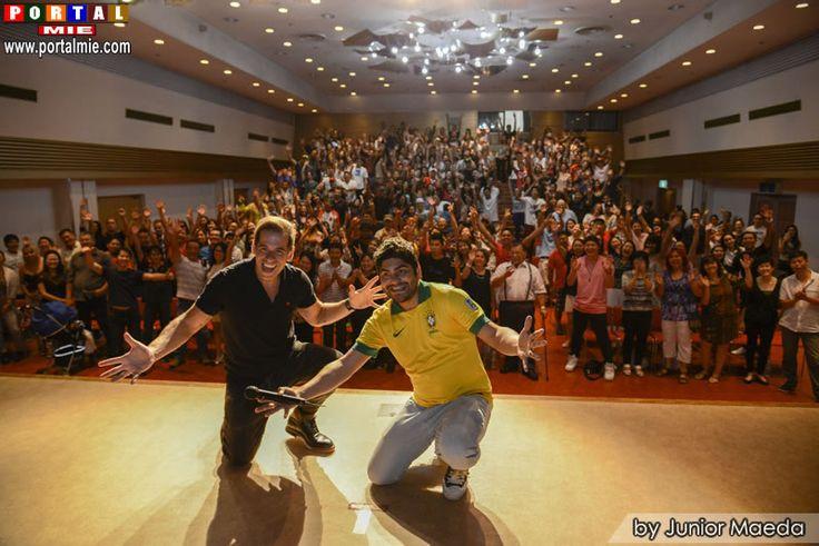 Os comediantes Luiz França e Leandro Hassum realizaram na sexta-feira (12/ago), a segunda apresentação do Stand Up Comedy 2016 parte 3 no Ziva de Hamamatsu