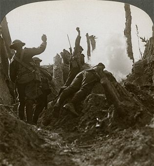 North Country troops bombing a German machine gun position, Polygon Wood, 20th century. Artist: Realistic Travels Publishers
