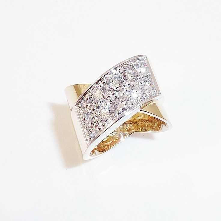 Two toned #diamond #engagement #ring ! #Handmade combining history with modern design. #unique #gold